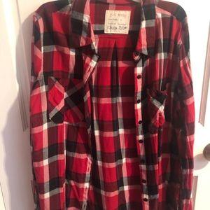 Women's plaid shirt!